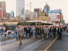 1990 Annual March - Lin Davis Leading